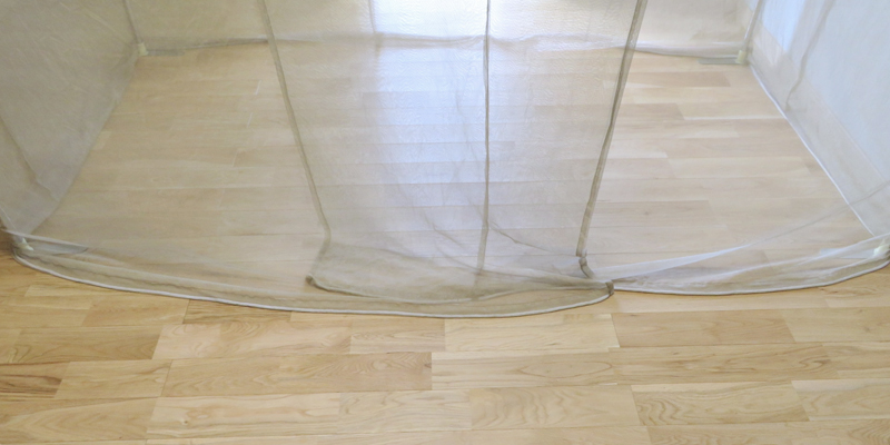 出入り口の二重防護/遮蔽仕様